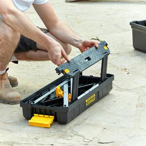 Caisse à outils avec marchepied intégré FMST81083-1_A14.jpg